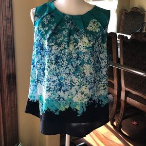 Like new/ women's/ NY&Co sleeveless/ blouse